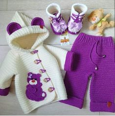 New Crochet Baby Girl Patterns Ganchillo Ideas Baby Girl Patterns, Baby Knitting Patterns, Crochet Patterns, Baby Cardigan, Mode Crochet, Knit Crochet, Knitted Baby, Crochet Doilies, Pull Bebe