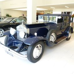 1929 Rolls-Royce Phantom 1 Newmarket and The Keystone Star - HR Owen Ferrari F40, Lamborghini Gallardo, Maserati, Bugatti, Bentley Rolls Royce, Rolls Royce Cars, Retro Cars, Vintage Cars, Antique Cars