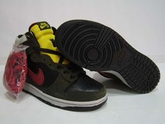 Nike SB Dunk High Boba Fett Black Yellow