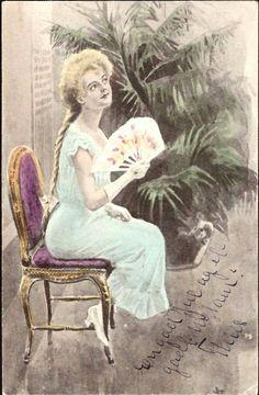 Postkort Kunstnerkort Andreas Bloch. Kvinne m/vifte Stemplet 1904.