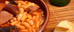 Fabada Asturiana - Recipes and food, cooking from anywhere in the world Spanish Cuisine, Spanish Food, Spanish Tapas, Pork Recipes, Chicken Recipes, Vegan Recipes, Sausage And Bean Casserole, Cassoulet, Lentil Burgers