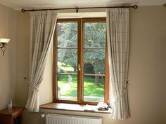 Parapety wewnętrzne dla domu - z jakiego materiału?