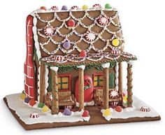 Harry & David Gift Gingerbread House Handmade Hand-Decorated Charming Centerpiece