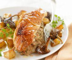 Voici une recette classique d'oie rôtie et farcie comme le font les mères de famille. Un excellent repas pour toute la maison.