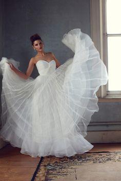 Karen Willis Holmes 'Anastasia' - Akina Bridal Couture