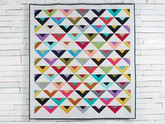 On Point Modern Brights Mixer Quilt Kit featuring Boundless Blenders Aura Fabric | Craftsy