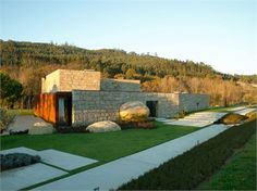 House in Brito, Guimaraes, 2005