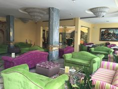The new Hotel Zi' Teresa lobby Sorrento, 4 Star Hotels, Swimming Pools, Restaurant, Couch, Bed, Furniture, Home Decor, Swiming Pool