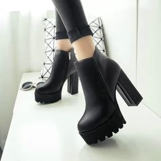 New Women Knight Shoes Pu Leather High Chunky Heel Platform Ankle Boots Side Zip Platform Ankle Boots, Platform High Heels, High Heel Boots, Leather Ankle Boots, Shoe Boots, Pu Leather, Women's Boots, Oxford Platform, Calf Boots