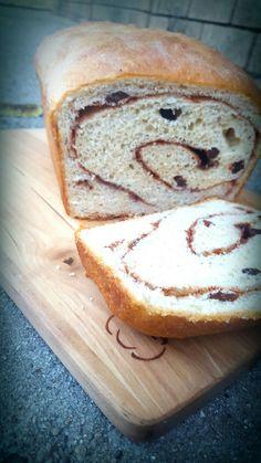 Lou Lou Girls : Cinnamon Raisin Bread