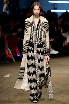 Missoni Fall 2016 Ready-to-Wear Fashion Show