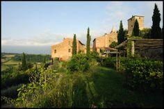 Holiday Resort Hapimag Tonda Italy  #bauzeitarchitekten #resort #hotel #renovation #swiss #architecture Resort, Monument Valley, Architecture, Nature, Travel, Arquitetura, Naturaleza, Viajes, Destinations