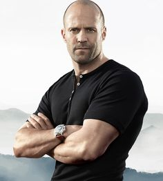 """Actor Jason Statham will be the executive producer and star of a new TV drama from Gaumont International Television titled """"Viva La Madness"""". Jason Statham, Hollywood Actor, Hollywood Celebrities, Herren Style, The Expendables, Rosie Huntington Whiteley, Dwayne Johnson, Fast And Furious, Movie Stars"""