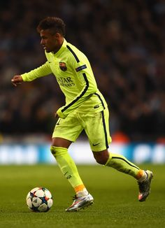 Neymar of Barcelona on the ball during the UEFA Champions League Round of 16 match between Manchester City and Barcelona at Etihad Stadium on February 24, 2015 in Manchester, United Kingdom.