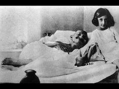 어린 여자와 잠자리를 즐긴 간디의 두 얼굴