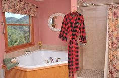Blackberry Springs Suite - Gatlinburg Bed and Breakfast