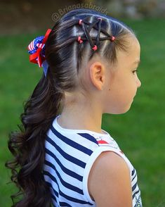 Flag day at Bs school today 🇺🇸One more week till summer brake! We are look., HAİR STYLE, Flag day at Bs school today 🇺🇸One more week till summer brake! We are looking forward to lazy mornings, pool time, beach and sunshine Hope every. Easy Little Girl Hairstyles, Girls Hairdos, Cute Girls Hairstyles, Braided Hairstyles, Princess Hairstyles, Hairstyles 2016, Girl Haircuts, Updo Hairstyle, Braided Updo