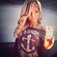 love the blonde with a few brown highlights. maybe next hair look for me