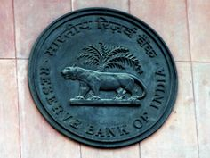 Rajan's rate cut might halt FII selling to certain extent, but it'll return: Experts - The Economic Times