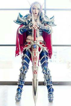 Amazing Blood Elf cosplay