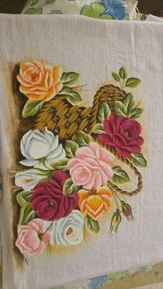 Pintura em tecido cesta com Rosas