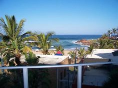 Rondevoux 62 - Situated overlooking Margate's Blue Flag beach, this stunning furnished penthouse has four bedrooms and two bathrooms with all the trimmings. The apartment is large and spacious and has a features an indoor ... #weekendgetaways #margate #southcoast #southafrica