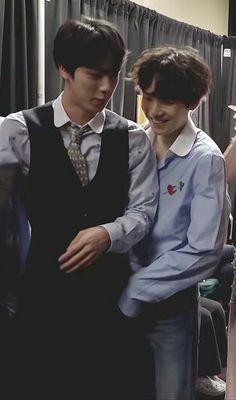 my yoonjin soft hours are opening again seeing yoongi looking so smol next to seokjin & jin being the big hyung he is. Seokjin, Namjoon, Taehyung, Jikook, Jungkook Jeon, Bts Bangtan Boy, Yoonmin, K Pop, Worldwide Handsome