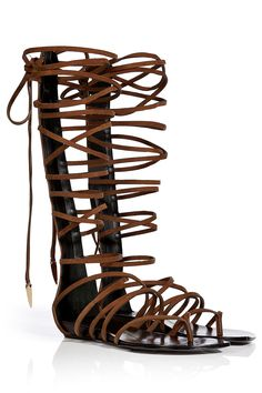 Sandals Summer Best Gladiator Sandals - Summer Sandals - Harpers BAZAAR - There is nothing more comfortable and cool to wear on your feet during the heat season than some flat sandals. Greek Sandals, Lace Up Sandals, Summer Sandals, Flat Sandals, Leather Sandals, Cute Shoes, Me Too Shoes, Fashion Shoes, Fashion Accessories