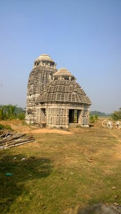 Somewhere on our way from Konark to Kakatpur in Odisha. Indian Architecture, Ancient Architecture, Largest Countries, Temple, Asia, Tours, Country, World, House Styles