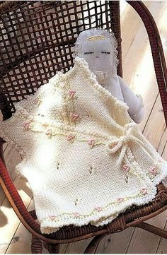 Modern Baby Vest Models – Knitting And We Knitting For Kids, Crochet For Kids, Baby Knitting Patterns, Knit Crochet, Crochet Patterns, Baby Girl Sweaters, Baby Cardigan, Baby Hats, Crochet Projects