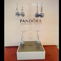 Pandora earrings. #PANDORA #PANDORAearring