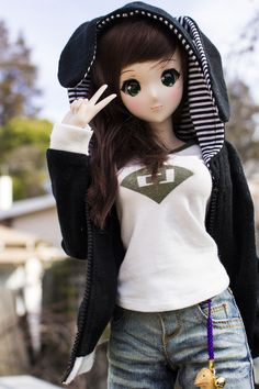 Smart Doll Ivory by Mike - drowning in plastic