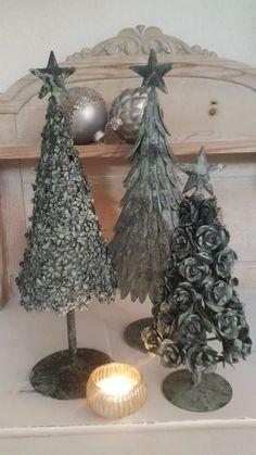 Diy Felt Christmas Tree, Christmas Tree Pattern, Little Christmas Trees, Modern Christmas, Christmas Colors, Christmas Art, Christmas Projects, Christmas Holidays, Xmas