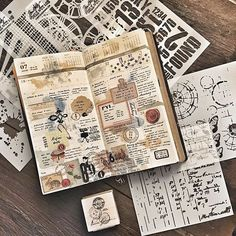 My week 29 and some new toys from my cousins in the US and aunt who's in town! So excited to play! #midoritravelersnotebook #travelersnotebook #travelersnote #notebook #planner #plannerpages #agenda #diary #journal #stationery #timholtz #timholtzstencils