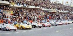 1966 24 Hours of Le Mans : Line Up  1-Dan Gurney, Ford Mk II #3, Shelby American Inc. (w/Grant). 2-Denny Hulme, Ford Mk II #1, Shelby American Inc (w/Miles) 3-Frank Gardner, Ford Mk II #8, Alan Mann Racing Ltd (w/Whitemore). 4-Bruce McLaren, Ford Mk II #2, Shelby American Inc (w/Amon) - Winners 5-Pedro Rodriguez, Ferrari 330 P3 Spyder #27, North American Racing Team (w/Ginther). 6-Graham Hill, Ford Mk II #7, Alan Mann Racing Ltd (w/Muir). (ph: www.24heureslemans.fr)