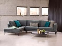 This beautiful sectional Mondovi by Theca