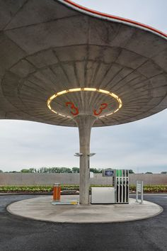 Het mooiste tankstation ter wereld | BREKEND