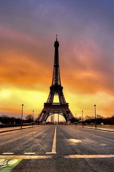 Paris by JF Fernando via 500px.