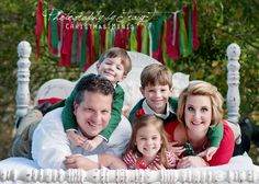 Photography by TracyT Christmas Mini Sessions * Christmas Mini Photo Sessions