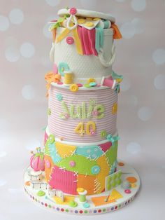 Love Sewing - Cake by Shereen Pretty Cakes, Cute Cakes, Beautiful Cakes, Amazing Cakes, Muffins Decorados, Fondant Cakes, Cupcake Cakes, Patchwork Cake, Knitting Cake