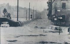 Alluvione 1966 rottura della spalletta dell'Arno in piazza Cavalleggeri