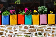 Chios island, Greece (painted olive oil or cheese metal containers) Chios Greece, Crete, Cool Diy, Diy Planters, Planter Pots, Dry Well, Metal Containers, Greek Islands, Flower Pots