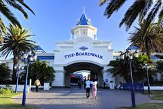 10 South African towns with surprising overseas namesakes. Port Elizabeth, My Land, Shopping Center, Places Ive Been, South Africa, Tourism, African, Mansions, Country