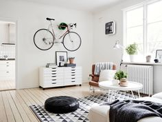 Bike in the living room - via #Coco_Lapine #Design