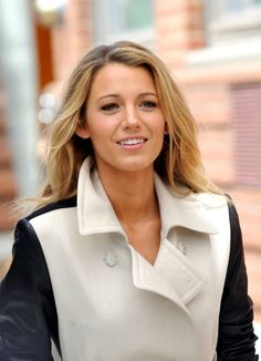Blake Lively knows how to score an A+ in fall fashion. Love the black amd white leather jacket. Pair it with lose curls,natural makeup, and a light pink lip this season to complement your natural rosy cheeks and  to bring out the beautiful face you where born with! -XOXO N