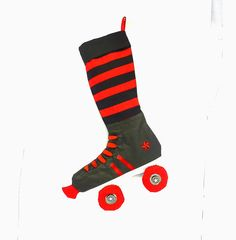 Roller Derby SkateChristmas by creationzbycatherine on Etsy, $37.00