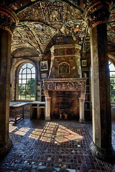 I know it's not but it looks medieval ~Fonthill Castle Estate, Doylestown, PA Beautiful Architecture, Beautiful Buildings, Beautiful Homes, Architecture Design, Beautiful Places, Abandoned Castles, Abandoned Mansions, Abandoned Places, Old Buildings