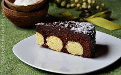 prajitura de ciocolata cu bile de cocos Diy Food, Carne, Party Time, Sweets, Baking, Desserts, Drink, Pork, Cooking Recipes