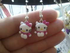 Boucle d'oreille petit chat kitty's rose FIMO