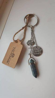 Porte-clés en pierre fine lapis lazuli avec breloques arbre de Lapis Lazuli, How To Remember Dreams, Self Acceptance, Third Eye, Inner Peace, Sagittarius, Chakra, Personalized Items, Stone